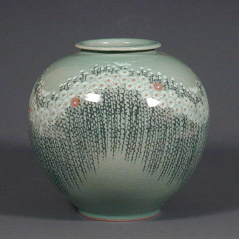 Round Chrysanthemum Field Celadon Jar
