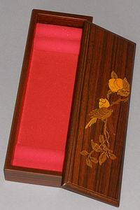 Inlaid Sparrows in a Peach Tree Lacquered Box-open