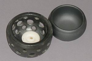 Round Grey Ceramic Aroma Oil Burner-open